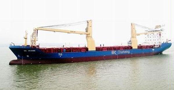 金陵船厂300t×78m 双小车船用门吊1台
