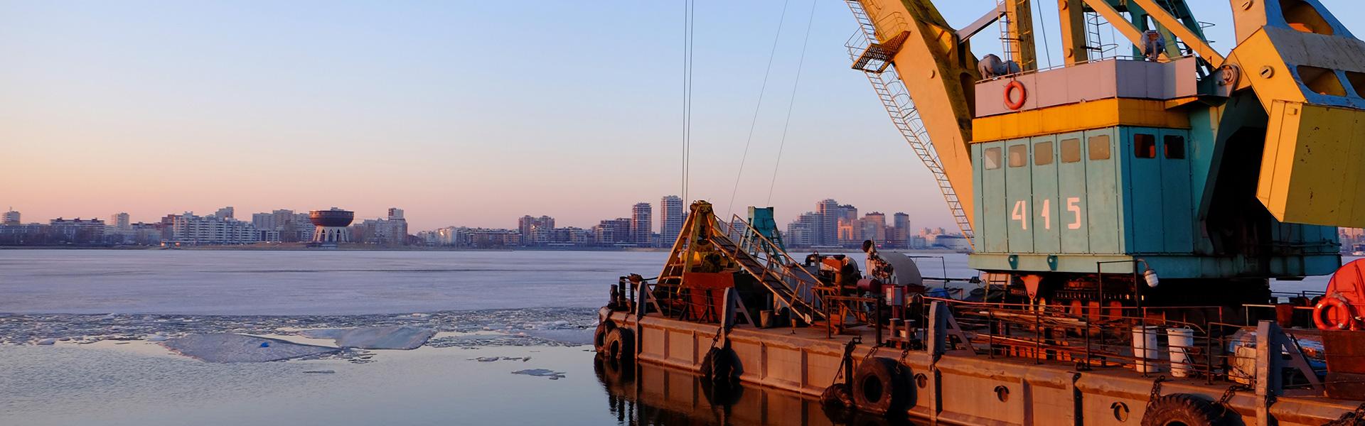 年关将近,海运价格有所上涨,部分西行航线被取消!
